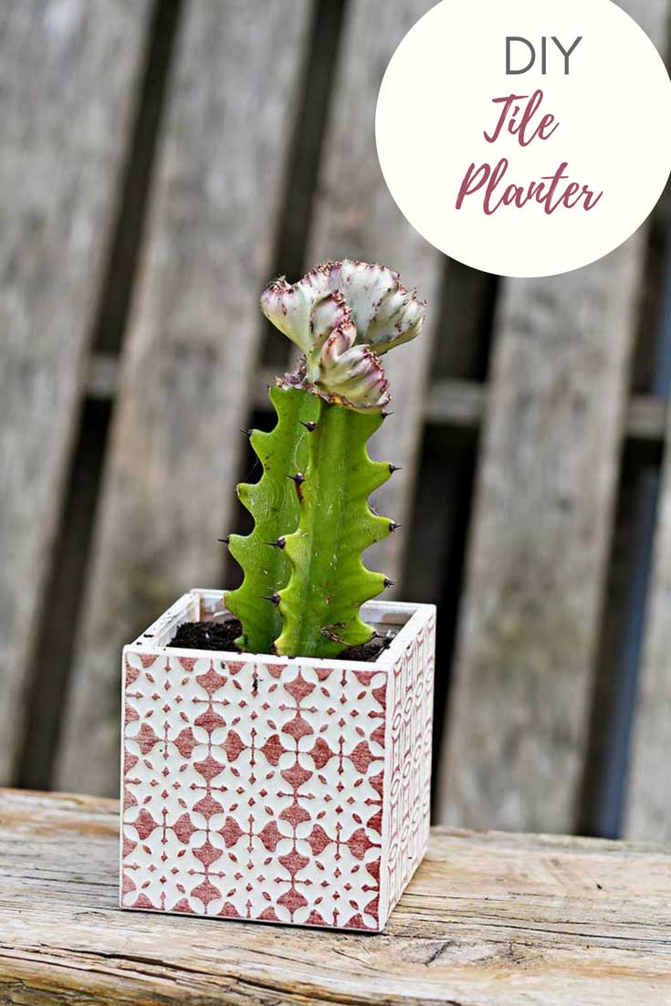 Red boho square  planter