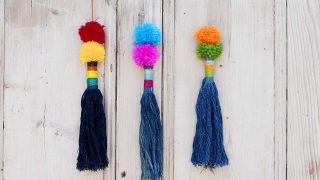 how to make denim tassels from old jeans