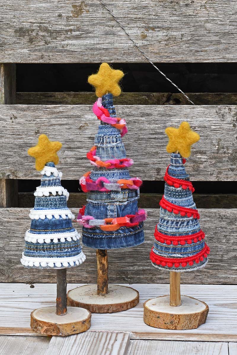 Gorgeous upcycled jeans DIY Christmas trees