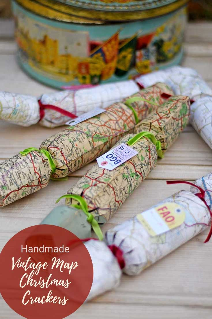 How to make your own Christmas Crackers with vintage maps