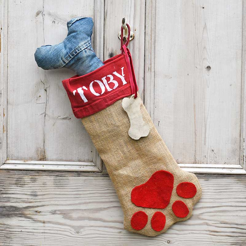 Free pattern for a dog Christmas stocking