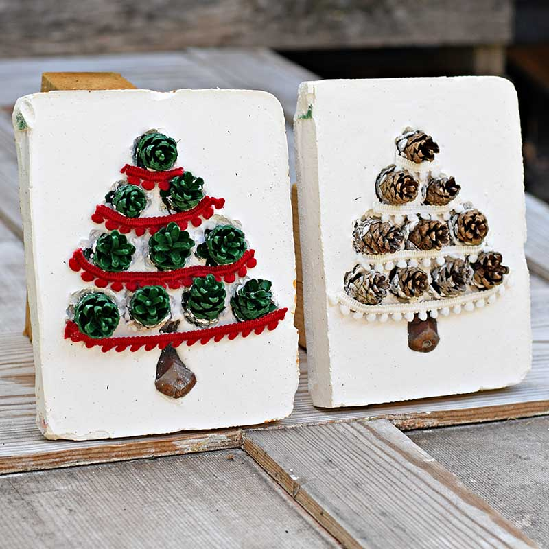 pine cone christmas tree tiles decorated