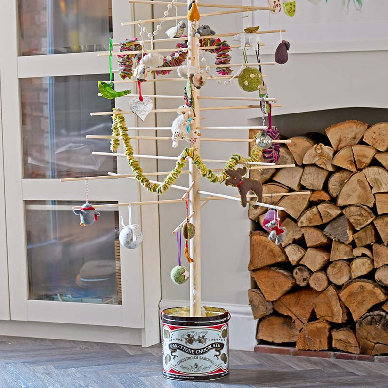 DIY Scandinavian Christmas Tree