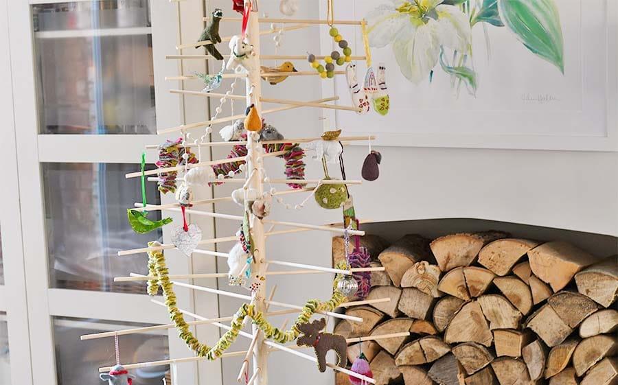 Scandi Christmas Tree Drawing.How To Make A Stylish Scandinavian Christmas Tree Pillar