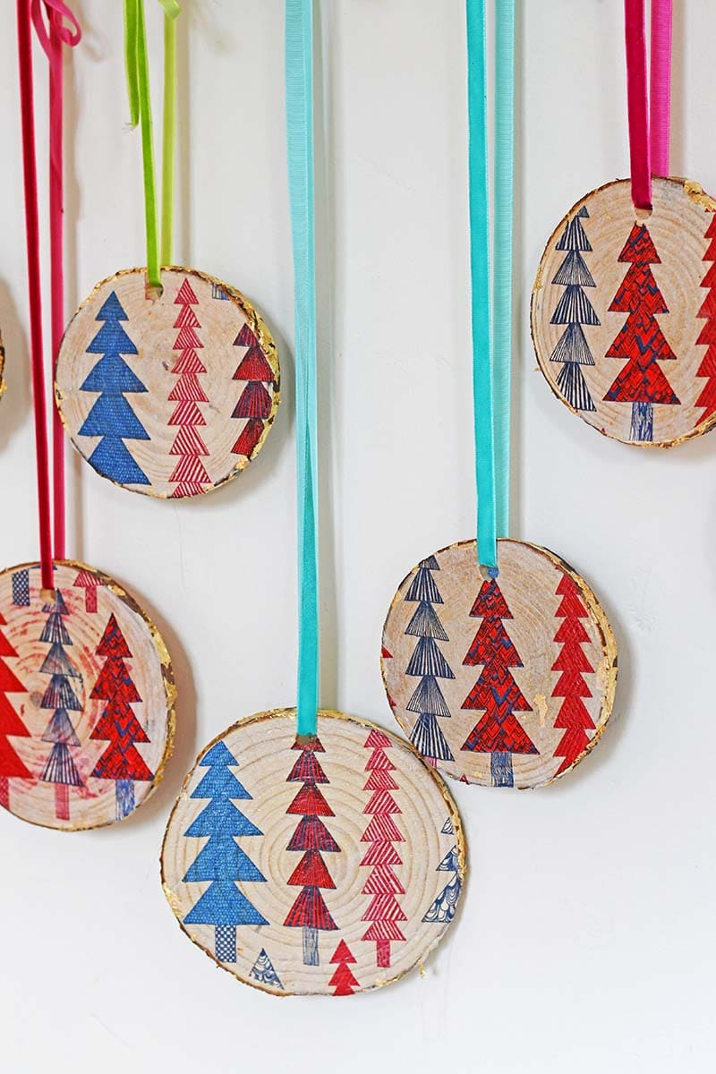 DIY Wood slice Nordic Christmas Decorations