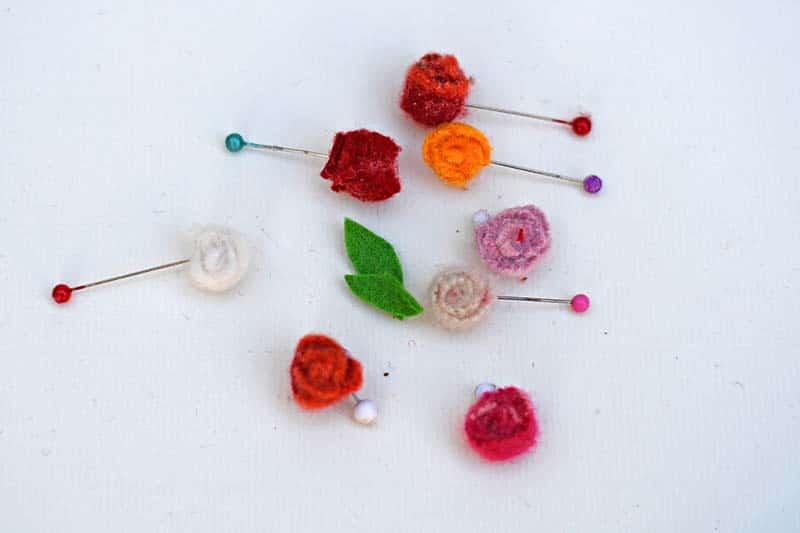 Micro felt scrap roses