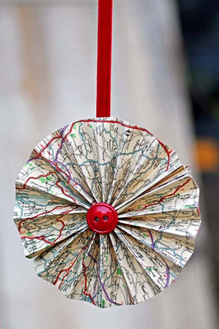 How To Make Paper Rosettes Decorations From Old Maps