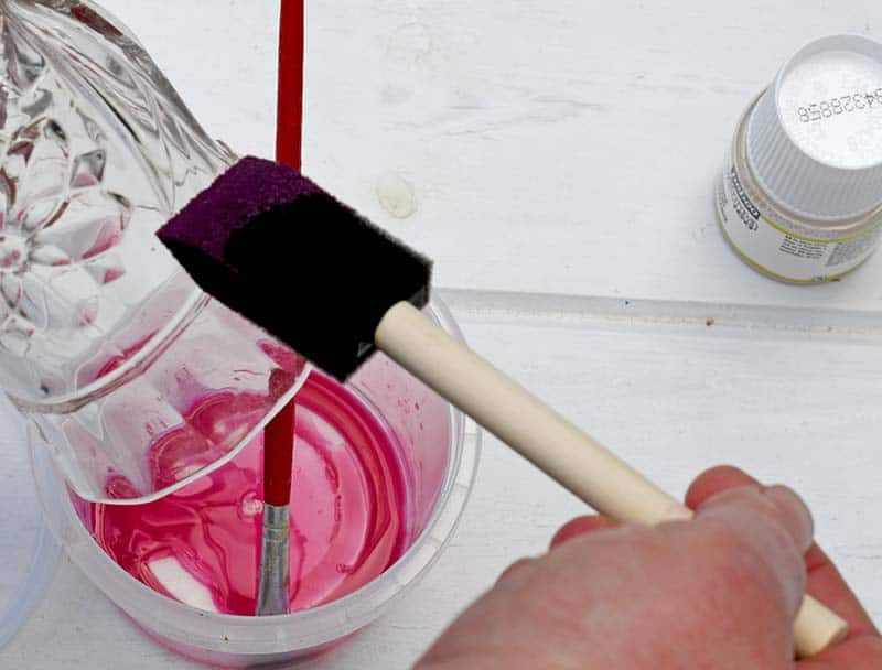 Painting glass with paint