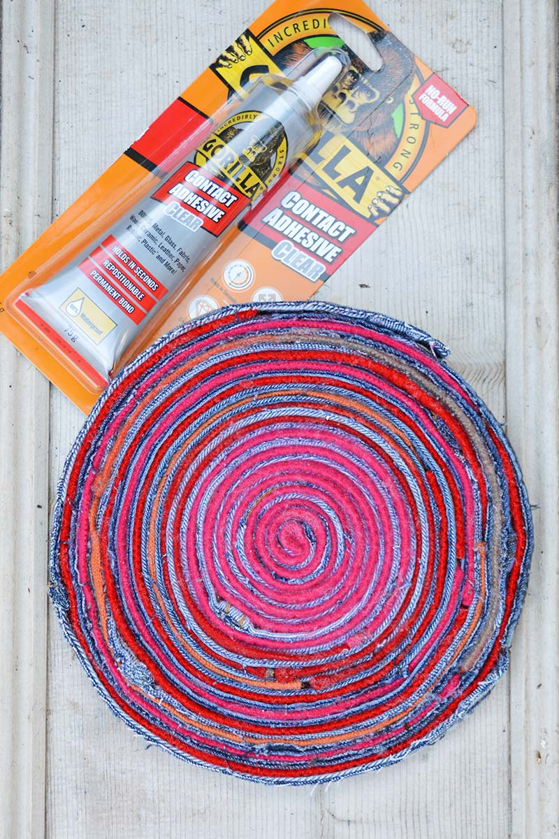 upcycled fabric placemat and glue