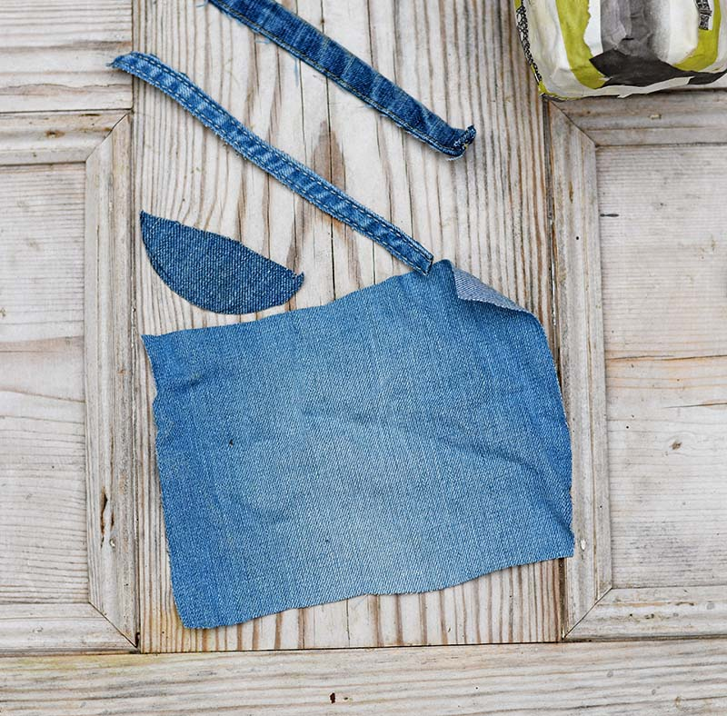 Old denim pieces for the mason jars
