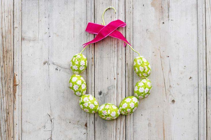 How To Make A Simple Marimekko Easter Egg Wreath