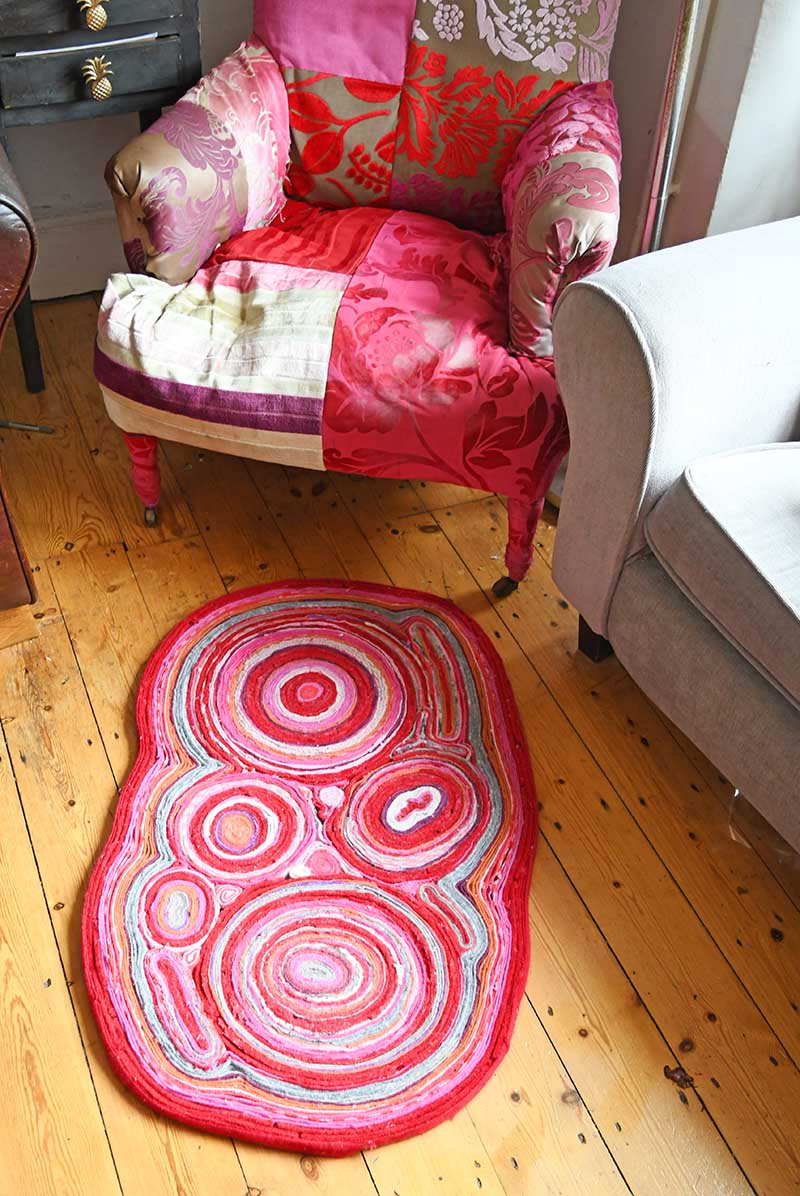 clever sweater upcycle Felt rug