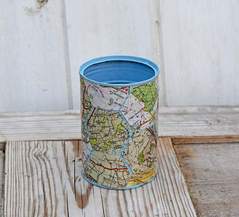 Map tin can caddy
