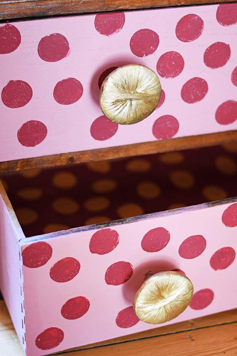 How to paint polka dots on wood