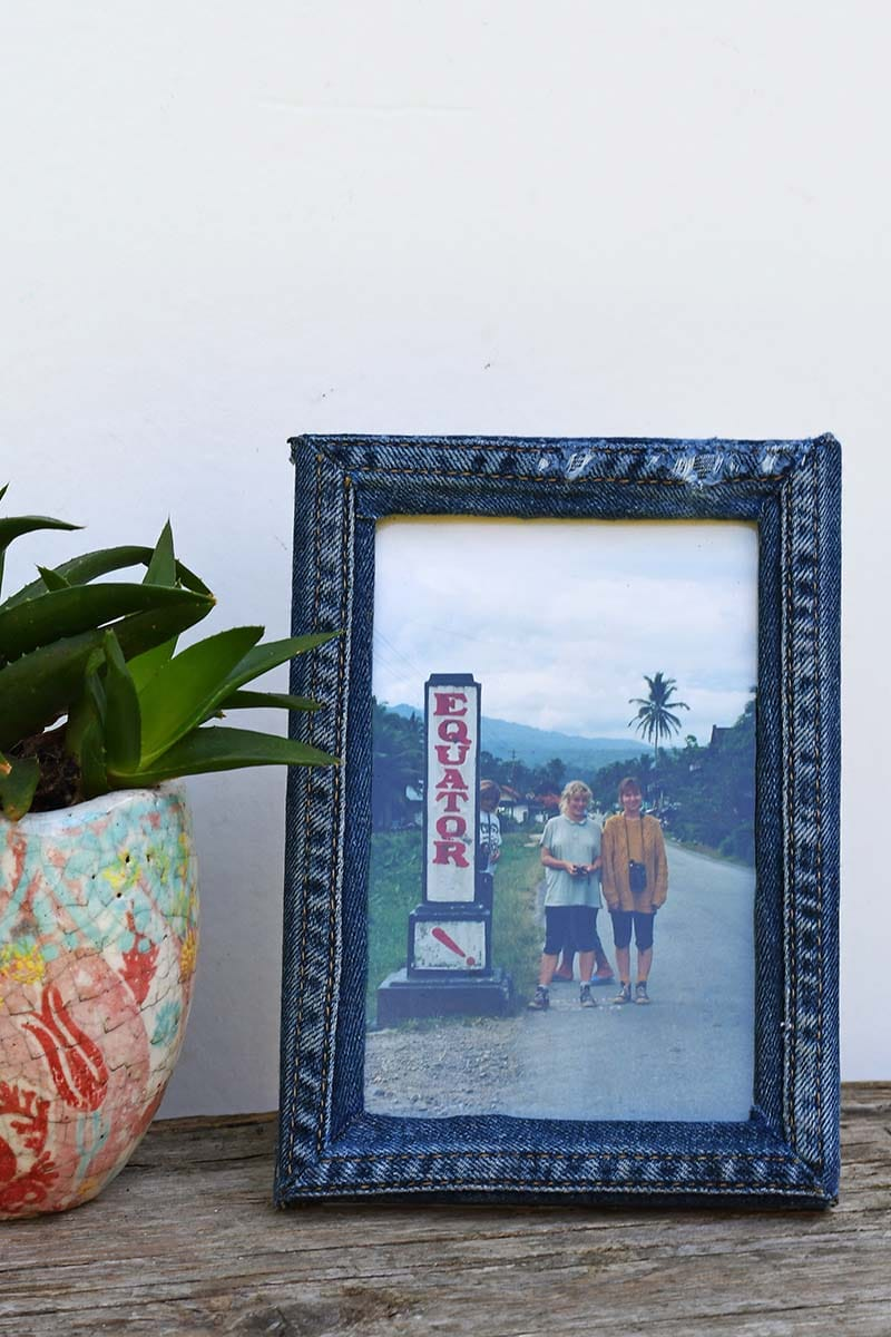 upcycled denim photo frame