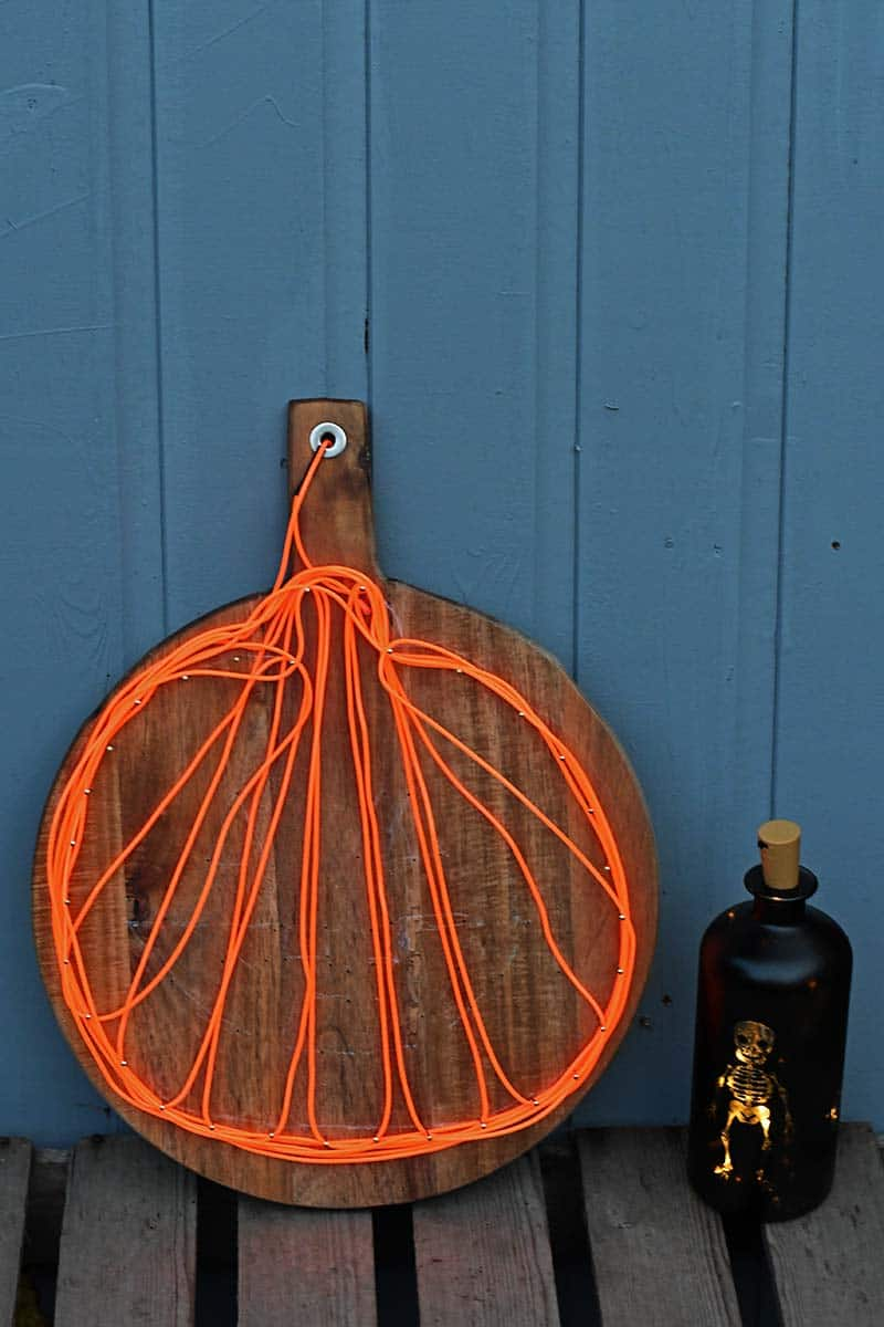 Light up pumpkin decoration