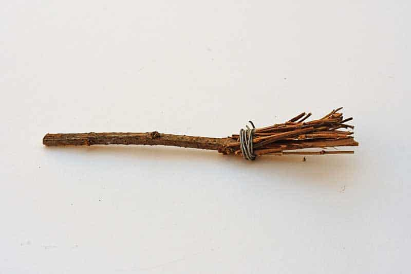 Witches broom from twigs