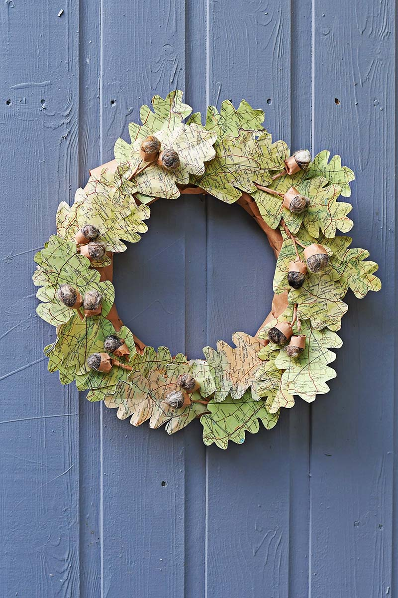 Map leaf wreath door