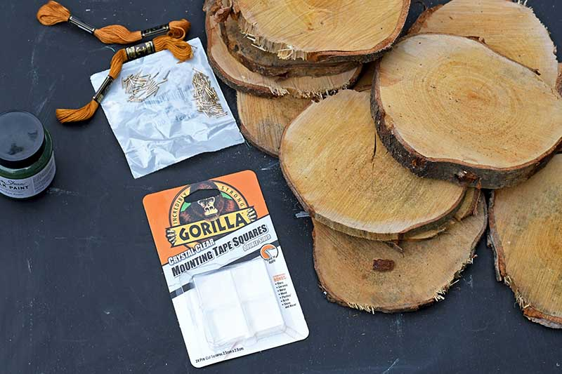 gorilla mounting squares and wood slices