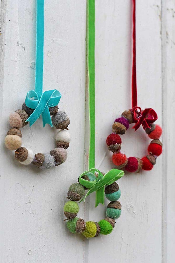 How To Make Mini Christmas Wreaths