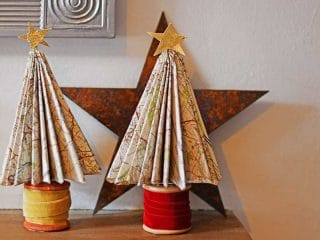 DIY map paper Christmas trees