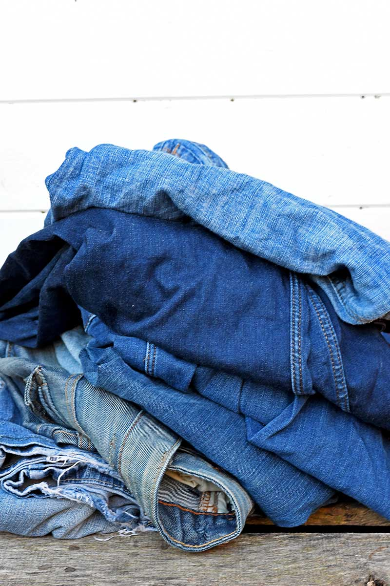 Old Jeans for upcycling