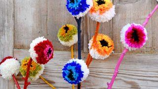 DIY Pom Pom Flowers