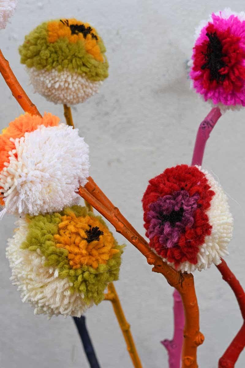 Marimekko DIY pom pom flowers