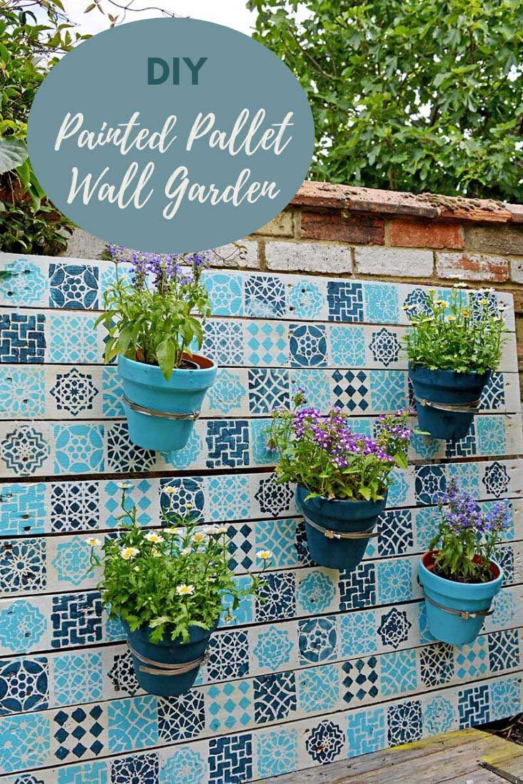 DIY Painted Wood Pallet Garden