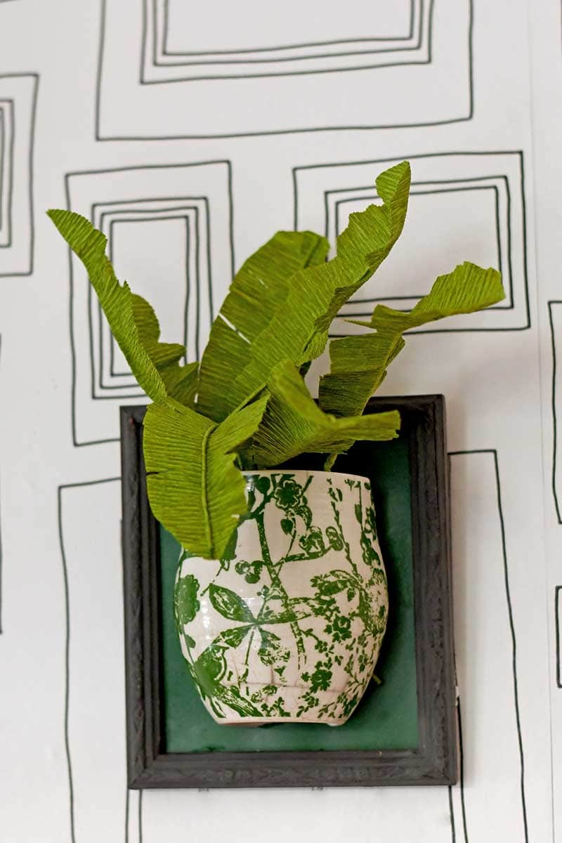 DIY tropical leaf plant in wall vase