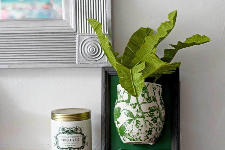 DIY tropical leaf plant for an upcycled wall vase