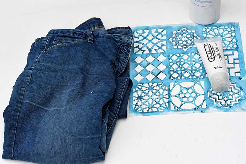 what you need to make a stenciled denim table runner