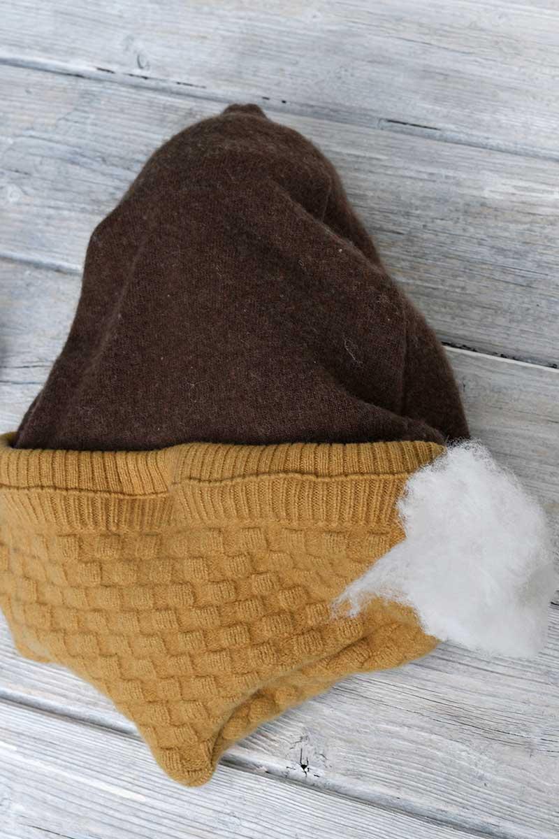 stuffing an acorn fall pillow
