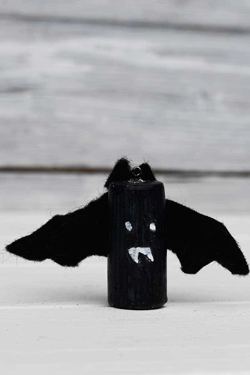 Bat wine cork