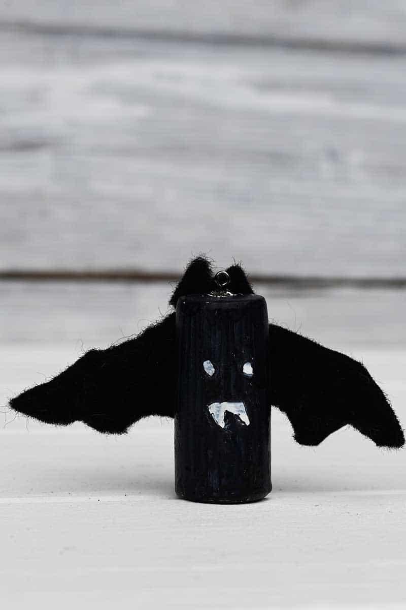 Bat wine cork