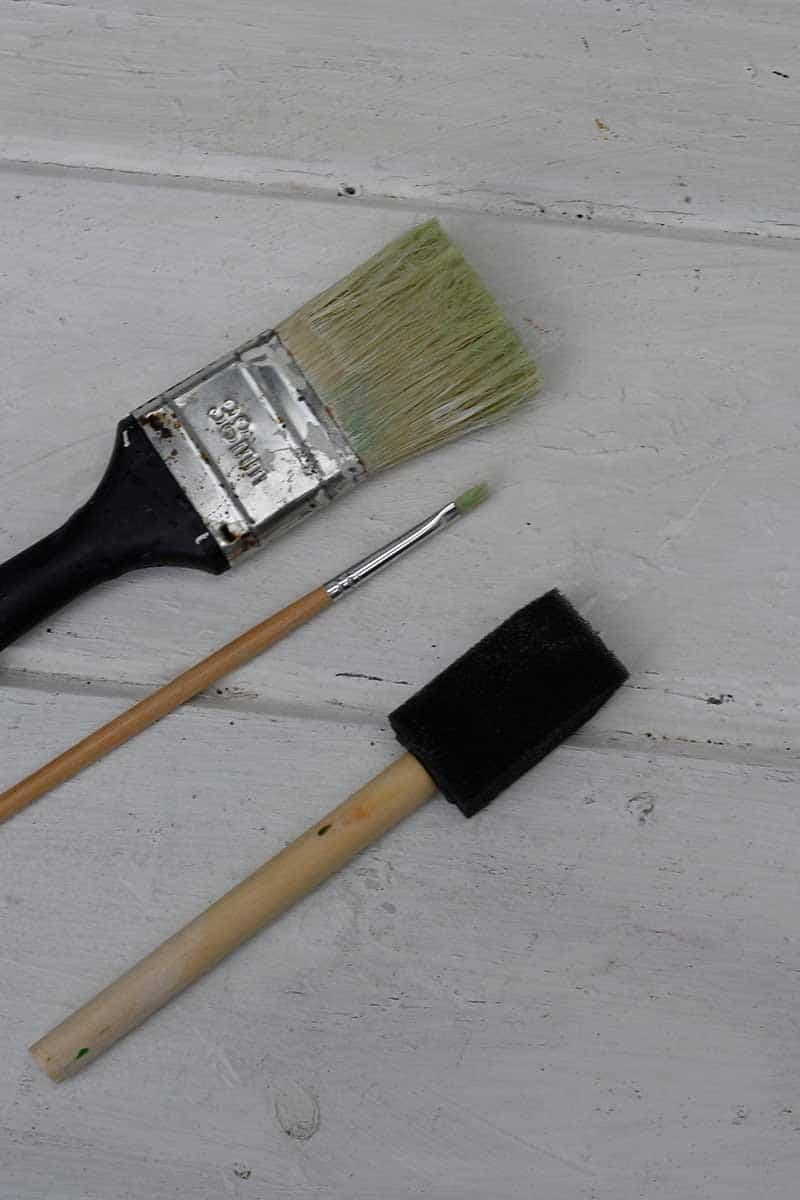 Paint brushes used