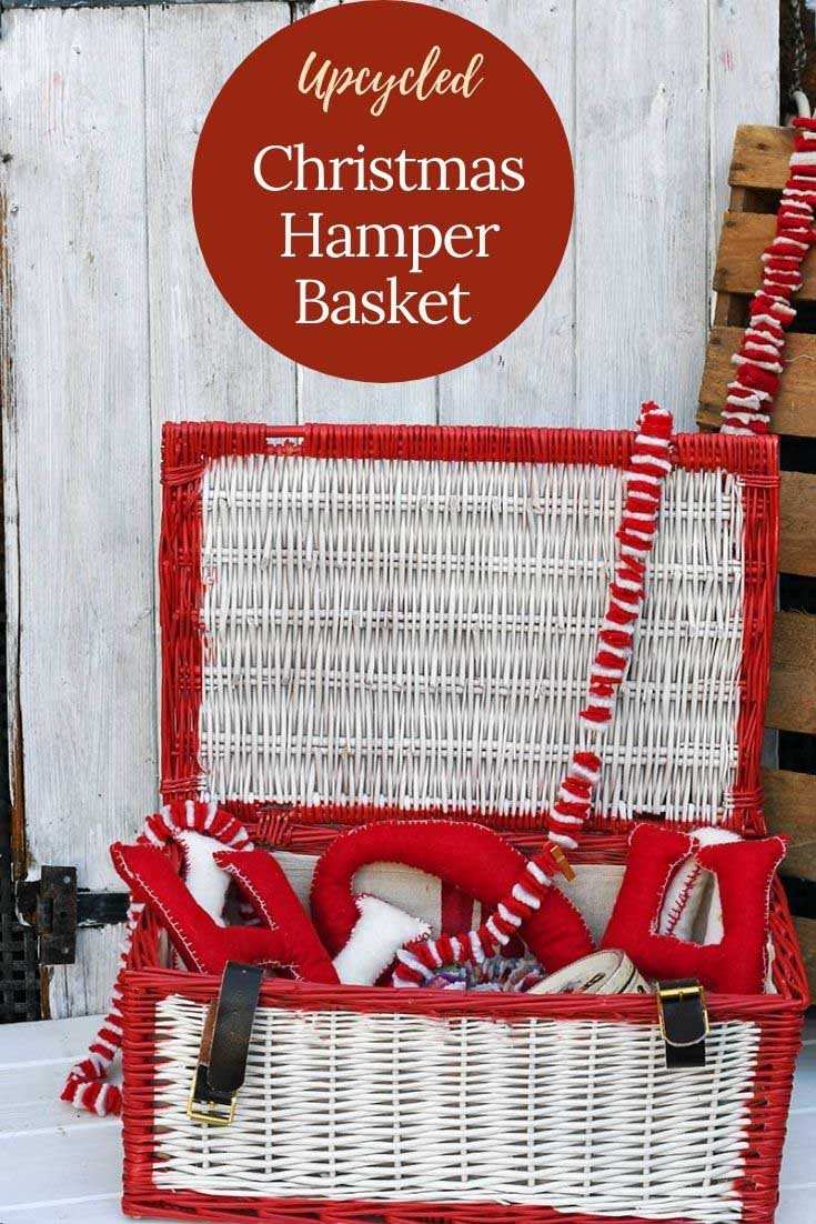 How to paint a wicker basket for Christmas