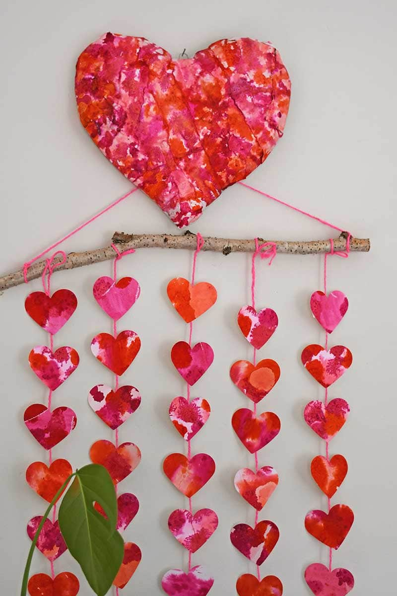 Valentine's paper decoration