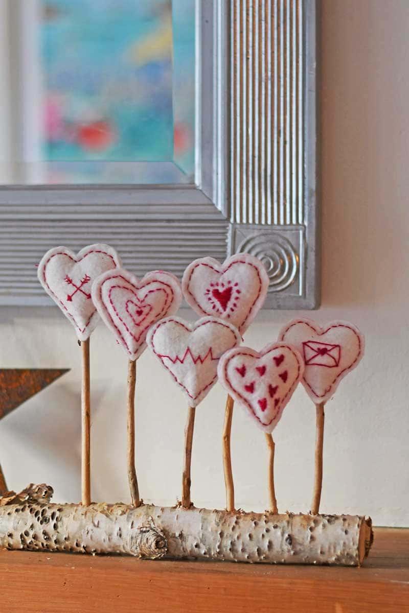 Scandi embroidered heart decoration