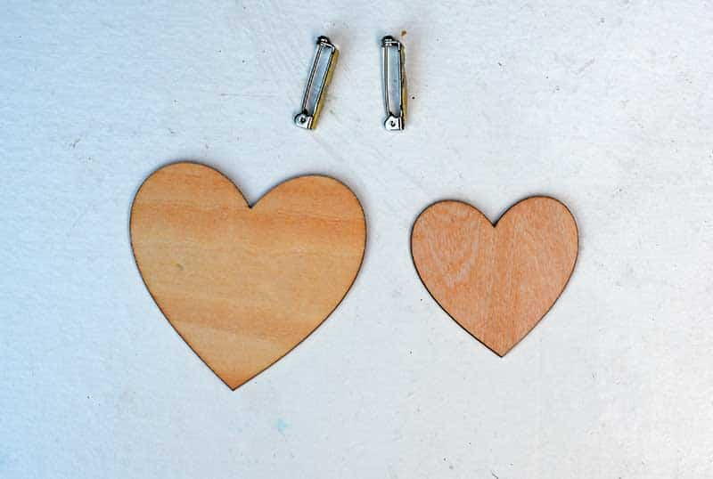 wooden heart shapes broach pins