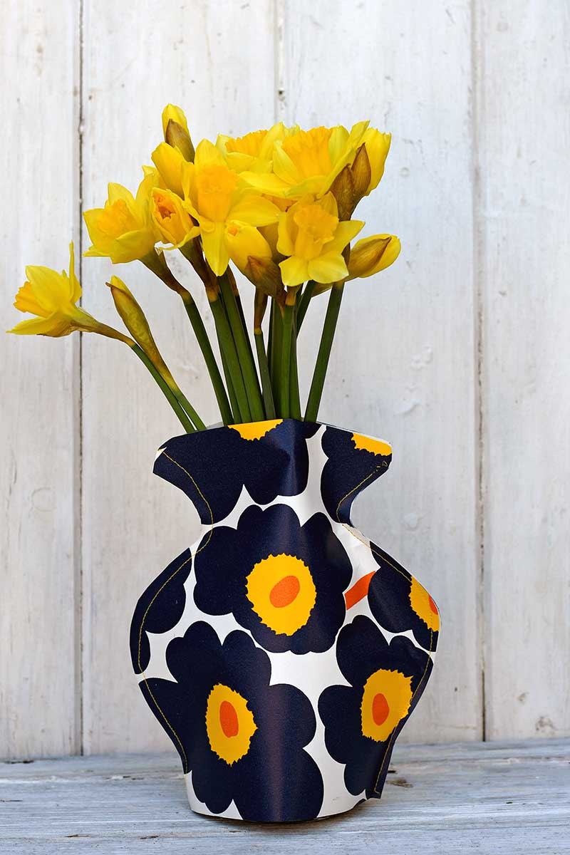 Marimekko paper vase and daffodils