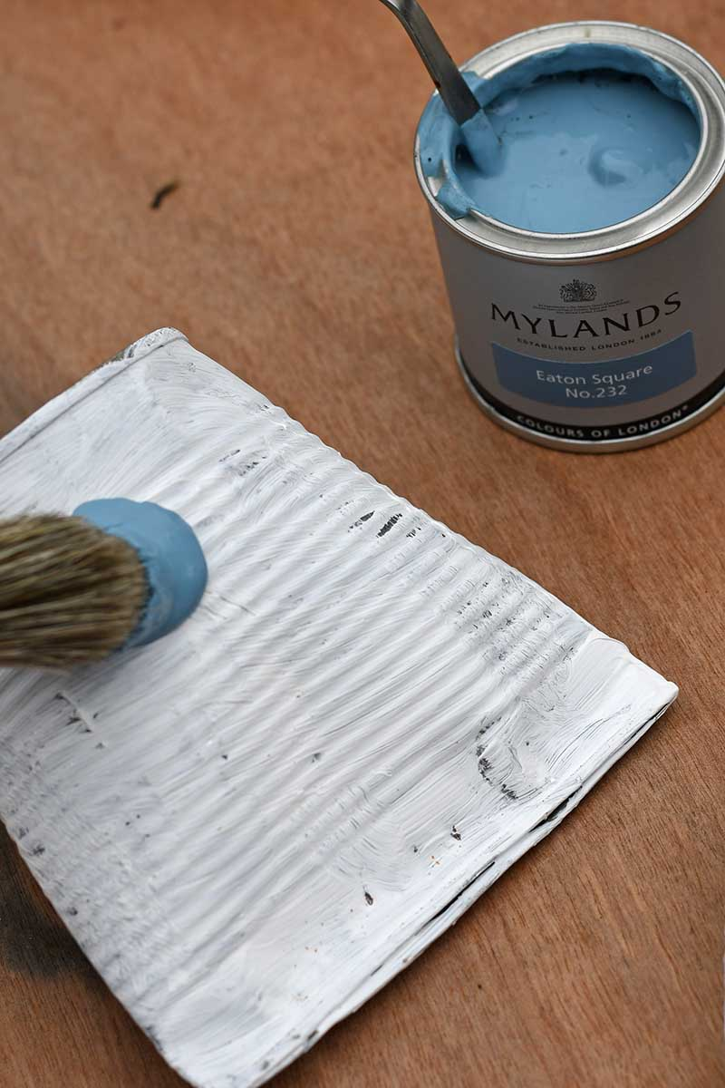 Painting food cans blue