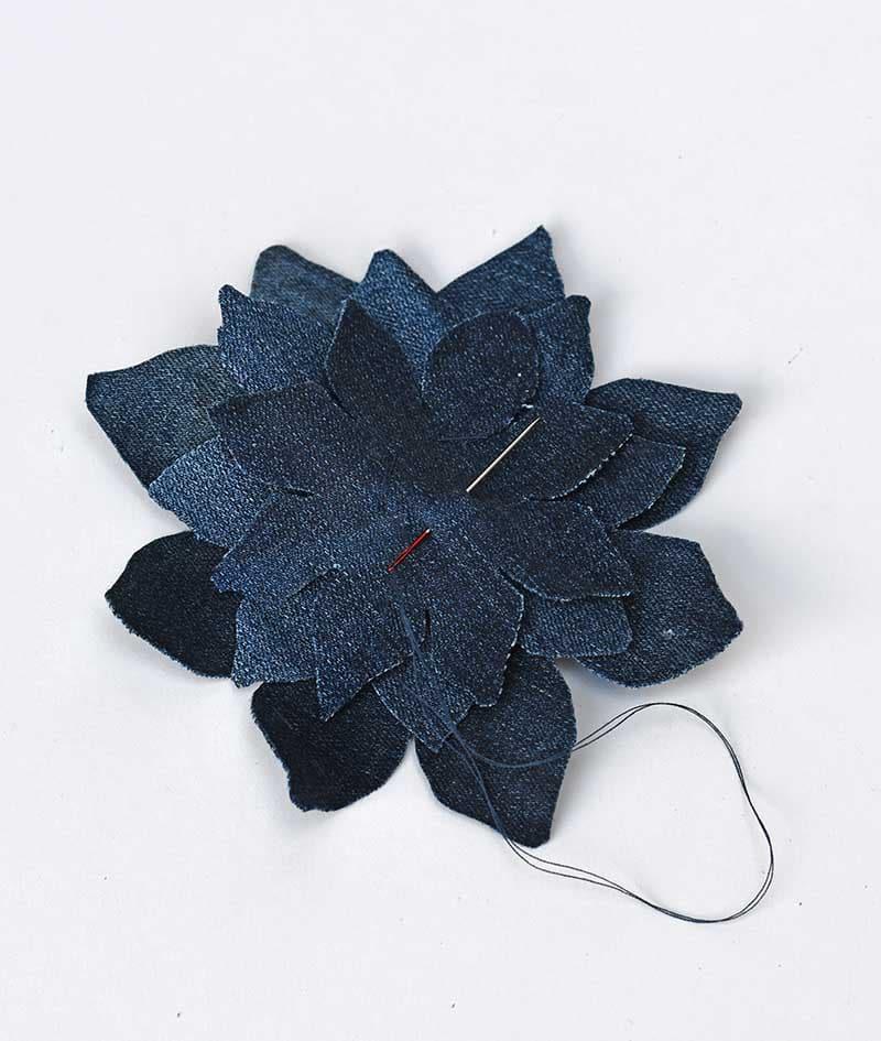 Stitching the denim corsage